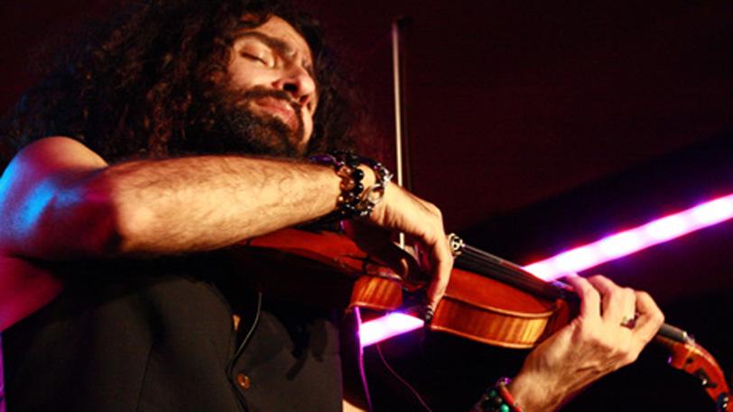 El violinista Ara Malikian. Foto de su web oficial