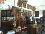 antigüedades en mercado artesanal de Níjar