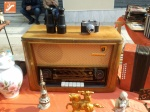 Radio antigua en mercaillo artesanal de Níjar