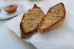 Tostada de pan de centeno con mermelada de higos, en Bar Robles