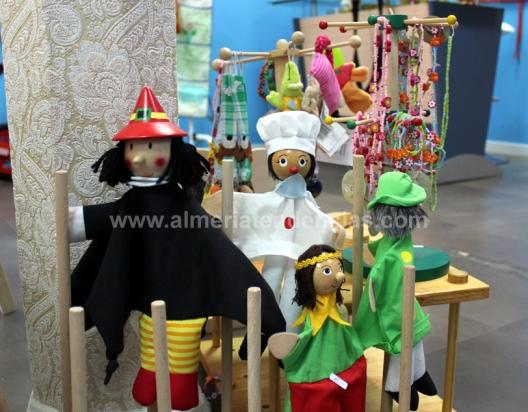 Marionetas en Coco el Caracol