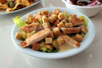 Ensalada César en Urban Diner