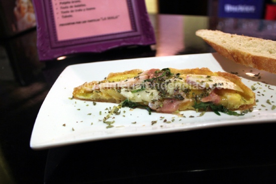 Tortilla Pizza en bar La Mala