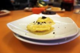 milhoja de patata, foie y trufa Dond'Elio