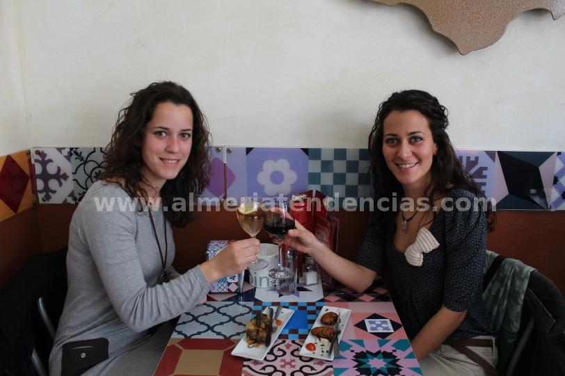 Ana y Silvia ganadoras del primer #AtrapaLaTapa