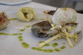 Milhojas de pescado con helado de manzana ácida en La Soleá Almerimar