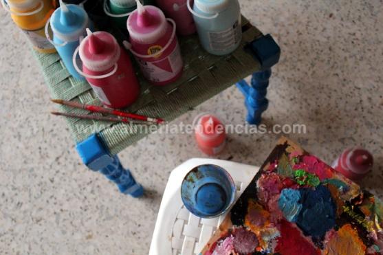 Más pintura en el estudio de Moli Moli