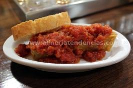 Bacalao con tomate en Taberna Sacromonte