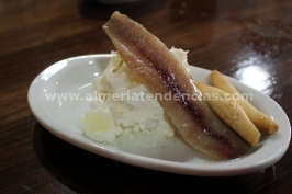 patata con arenque en Taberna Sacromonte