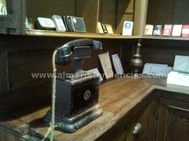 Teléfono en el estanco en Museo Terque