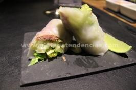 Rollito vietnamita con confit de pato, salsa de chile dulce y mojo de cilantro - iván abril - bacus