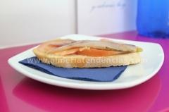Lomo de sardina con carpaccio de tomate en Azul Cereza