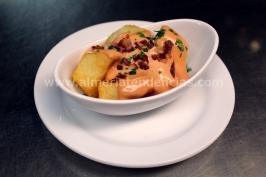 Patatas bravas en Kiosco Almadrabillas